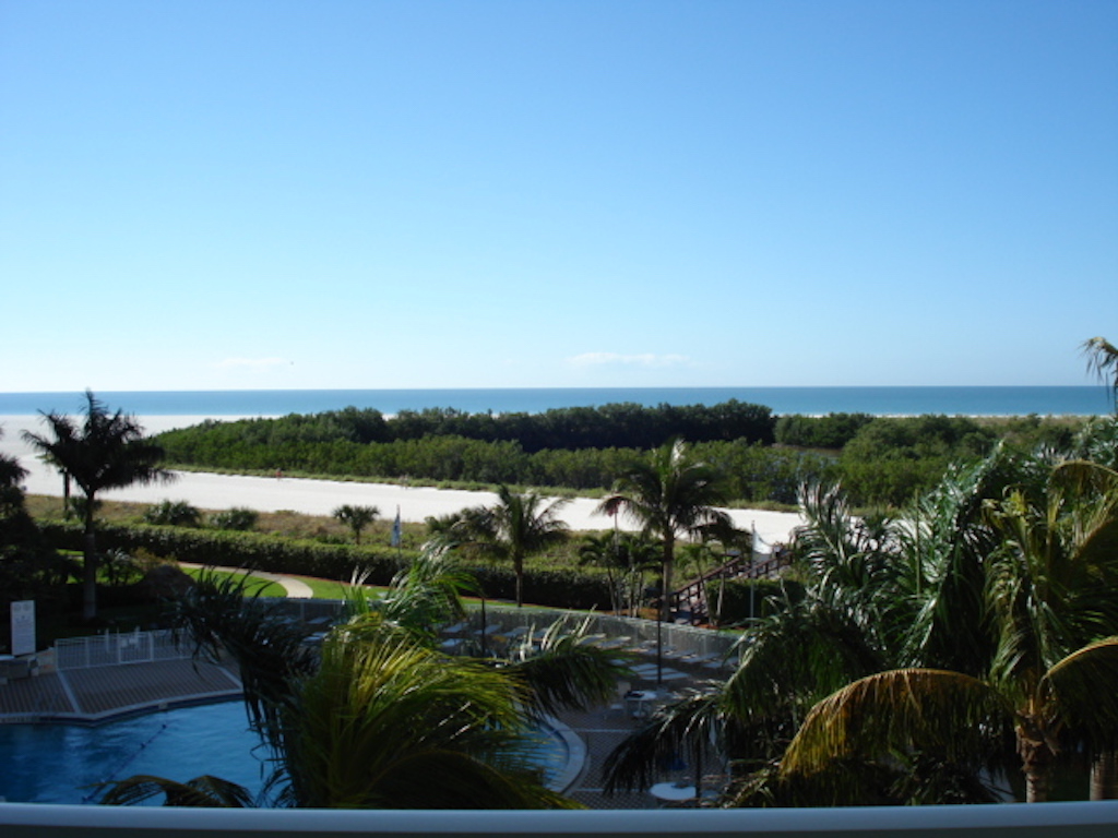 Beachfront Condos - South Seas Towers - Marco Island Florida
